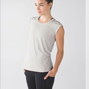 New LULULEMON Pedal to the Medal SS Cap Sleeve 8